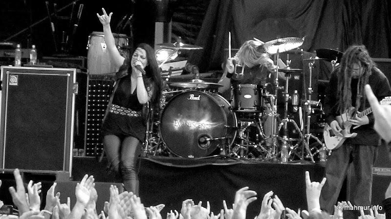 Evanescence @ TGF - IMG_9586.JPG