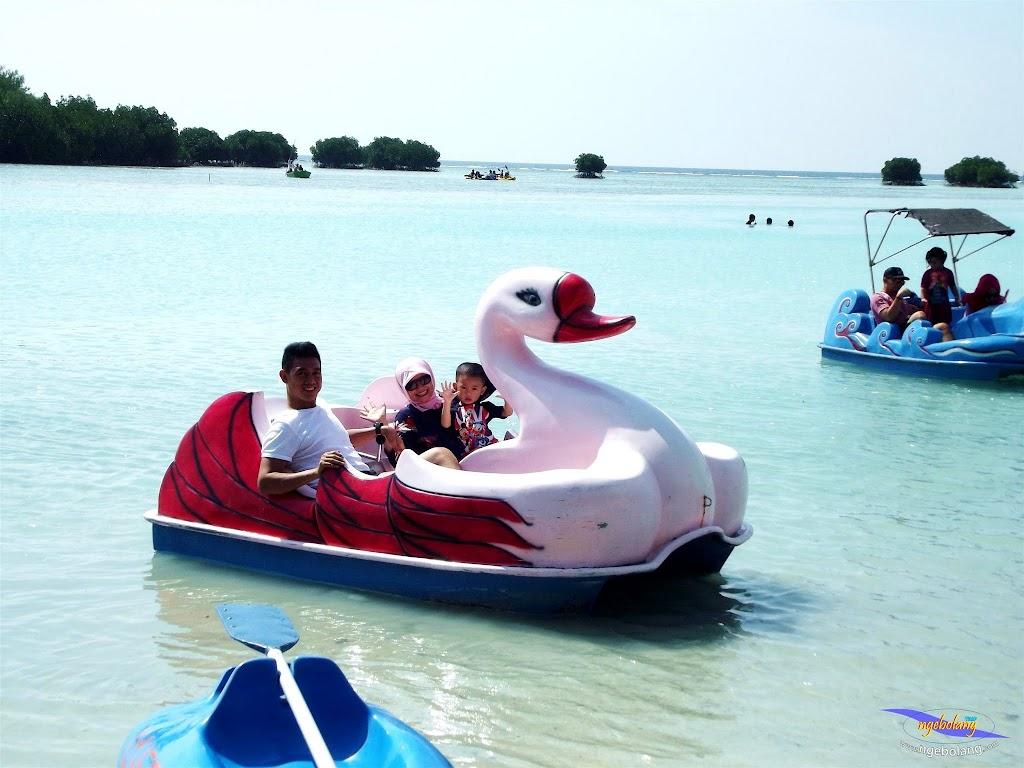 family trip pulau pari 090716 Fuji 037