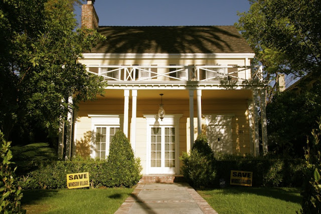 1920 - Colonial Revival / Neoclassical