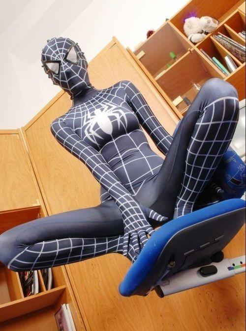 Las 10 chicas en los trajes de Spiderman