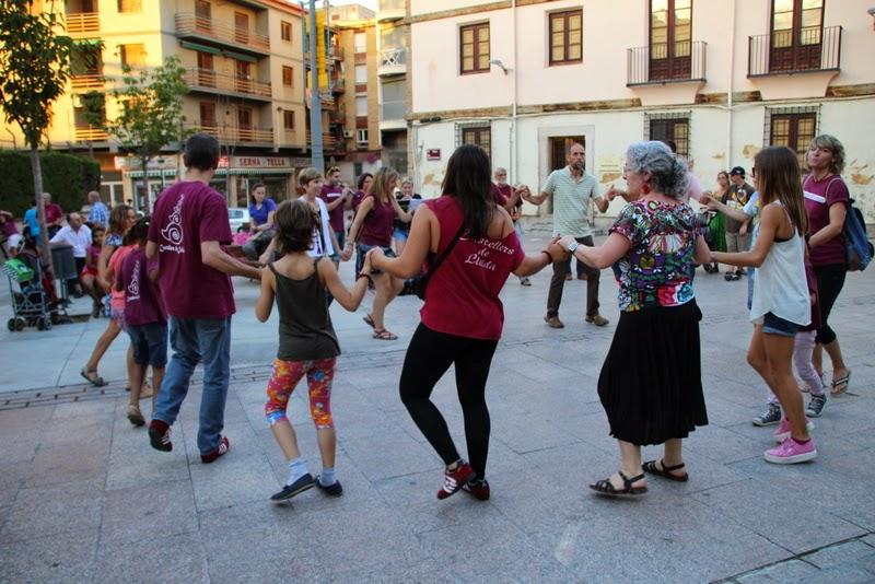 Festa infantil i taller balls tradicionals a Sant Llorenç  20-09-14 - IMG_4437.jpg