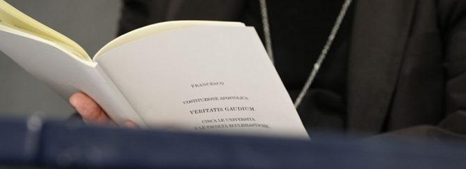 constitucion-universidades-eclesiasticas-850x310