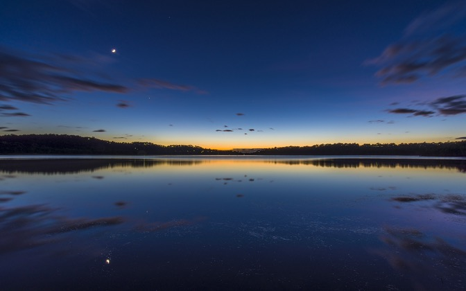 Narrabeen Lakes Dawn by hiphoper1