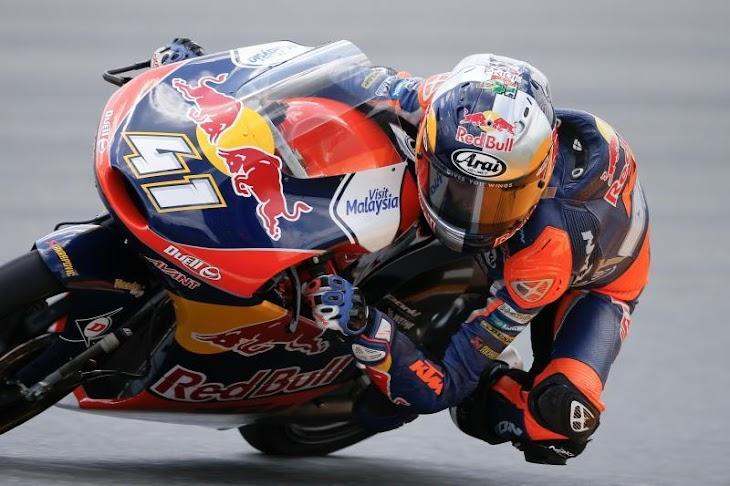 moto3-p3-2015pi-gpone.jpg