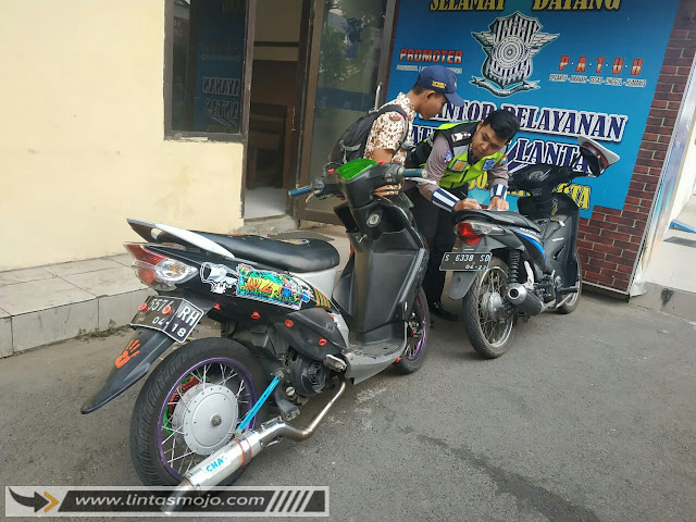 Pelajar SMP Bawa Motor Protolan