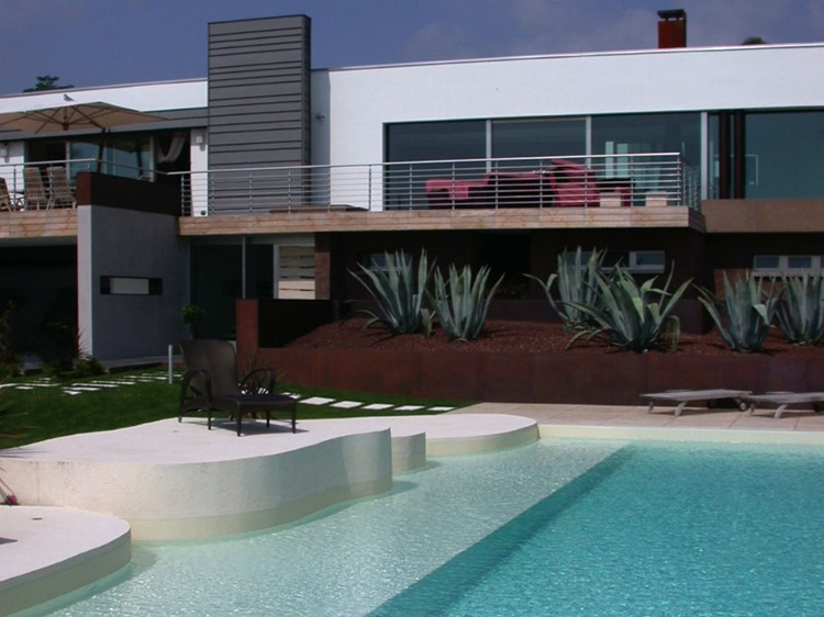 piscina_domestica_con_spiaggetta_6