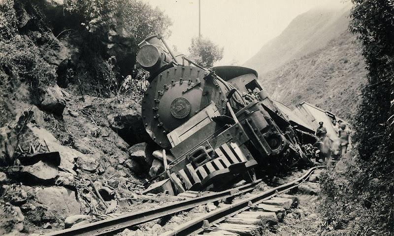 Uma ferrovia no Nariz do Diabo