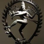 Siva Nataraja, Seigneur de la danse. Tamil Nadu, Vellalagaram (?). Epoque cola, 11e s. Bronze. MG 17471.
