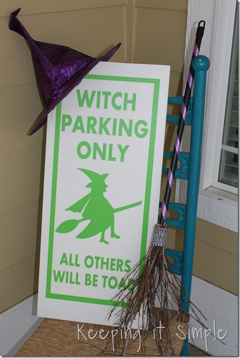 Halloween-decor-Witch-brown-and-witch-parking-sign (7)