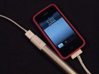 iPhone4S、eneloop stick boosterでも充電できない