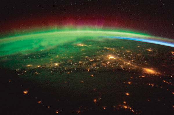 IMEJ yang dirakamkan angkasawan yang menunjukkan cahaya aurora pada 25 Januari lalu.
