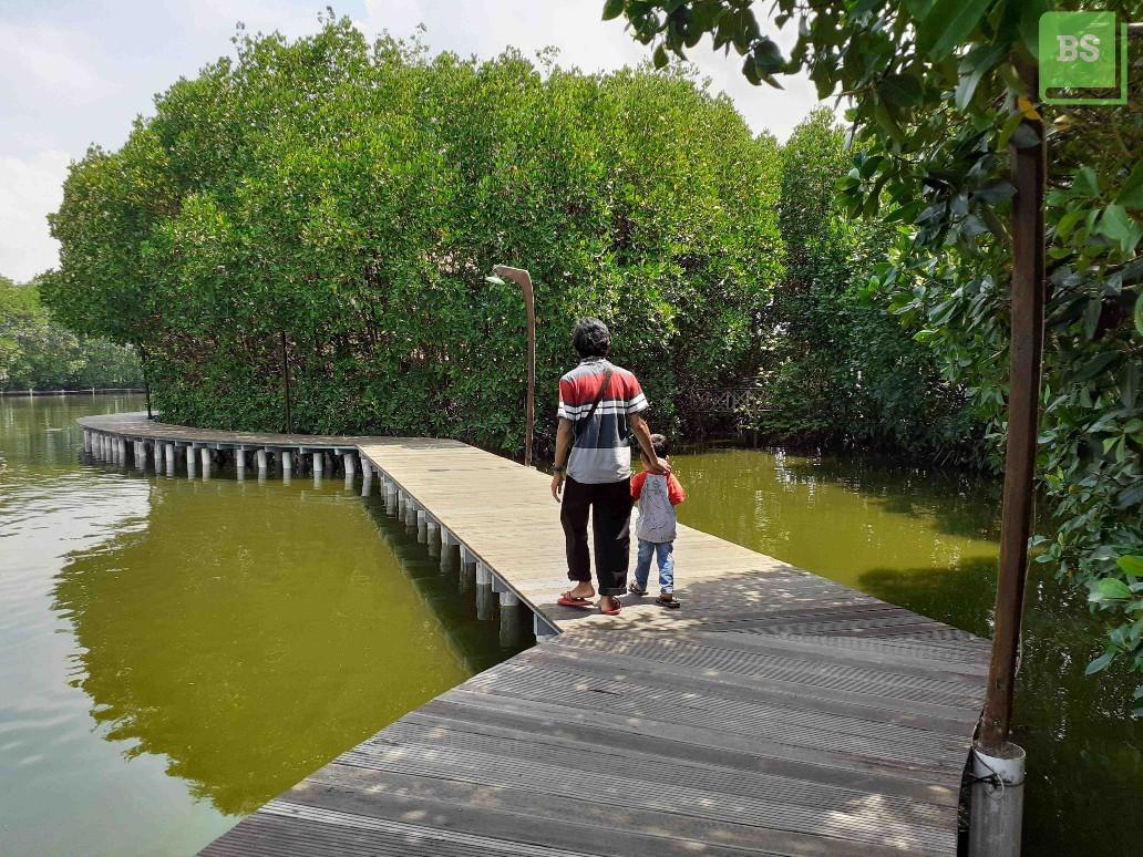 Foto Jalan-Jalan Di Maerokoco Semarang