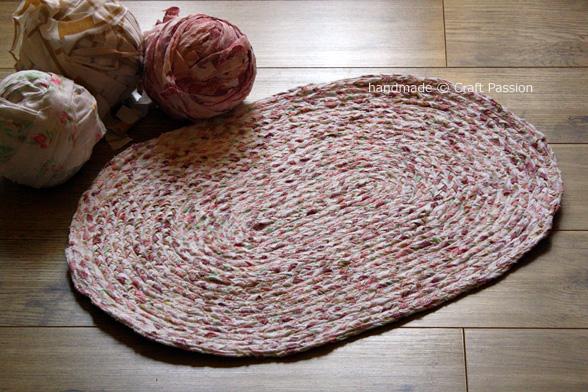 Tappeti In Tessuto Riciclato : Riciclo il tessuto ci faccio un tappeto