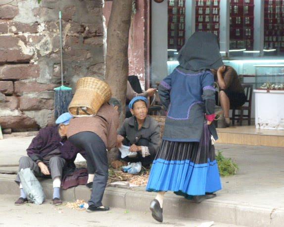 CHINE SICHUAN.XI CHANG ET MINORITE YI, à 1 heure de route de la ville - 1sichuan%2B694.JPG