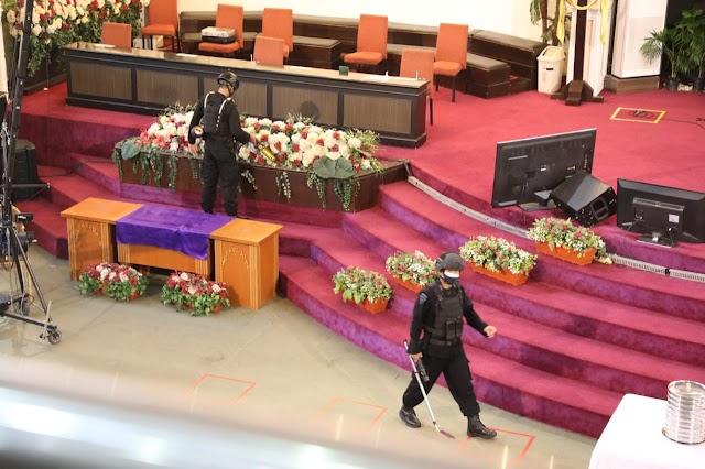 Peringatan Wafat Isa Al masih, Brimob Polda Kaltim Sterilisasi Gereja-Gereja di Balikpapan