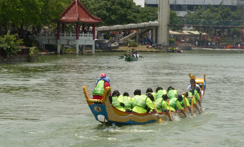 Dragon boat festival à Longtan ( Taoyuan) - dragonboat%2B124.JPG