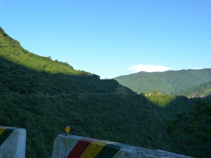 Départ Dona Village.Vers 06.00 am,route retour