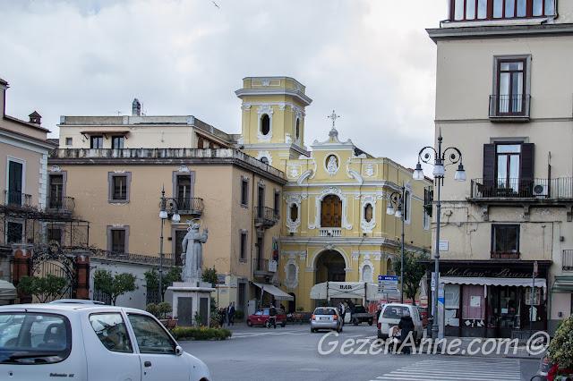 Sorrento merkez caddesi, Güney İtalya