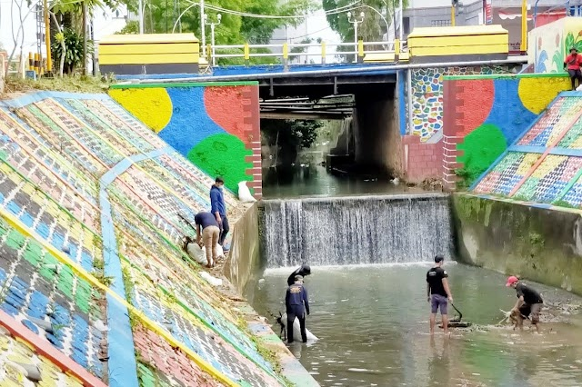 Ingatkan !!!Sungai Grojogan Blora Bukan Tempat Sampah
