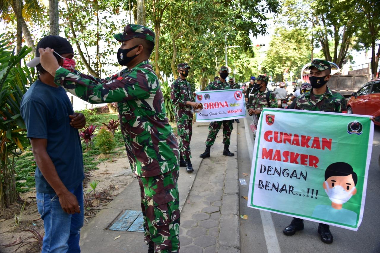 Korem 091/ASN Gelar Kegiatan Penegakan Protokol Kesehatan Di Wilayah Kota Samarinda