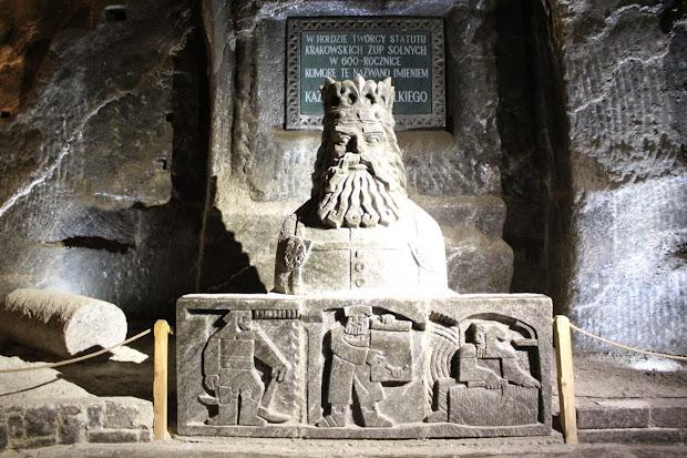 Busto del rey Casimiro el Grande en las minas de sal de Wieliczka
