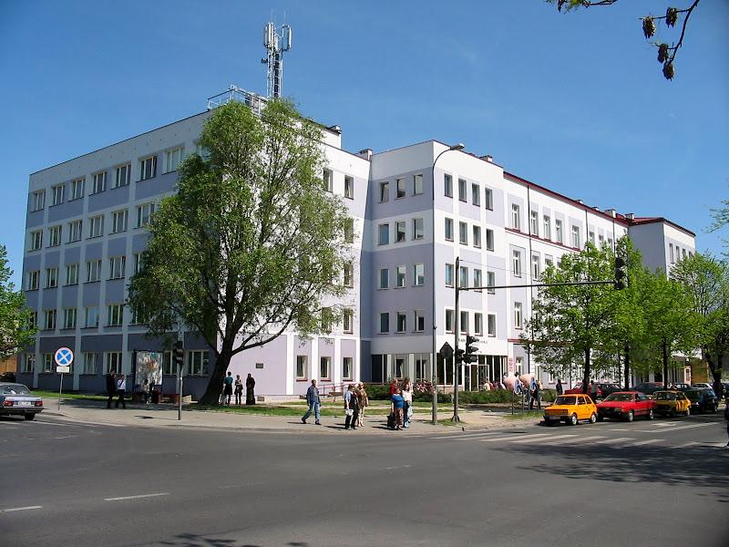 Widok na budynek Rektoratu, ul. 3 maja