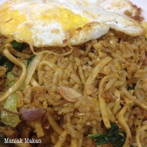 maniak-makan-warung-bakmi-jawa-bu-citro-tipes-solo-nasi-goreng-mawut