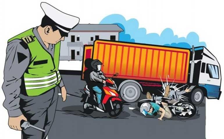 Kasat Lantas Polres Cirebon Kota Datangi TKP Maut Jalan Diponegoro