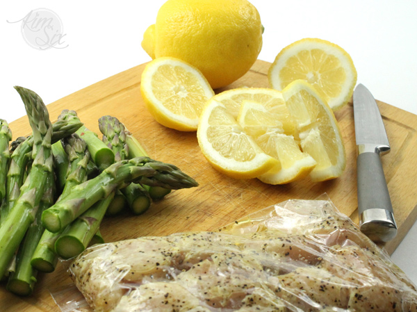 Marinating chicken in lemon