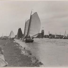 De oude Aebelina met het donkere zeil in de wedstrijd- Grouw 1905