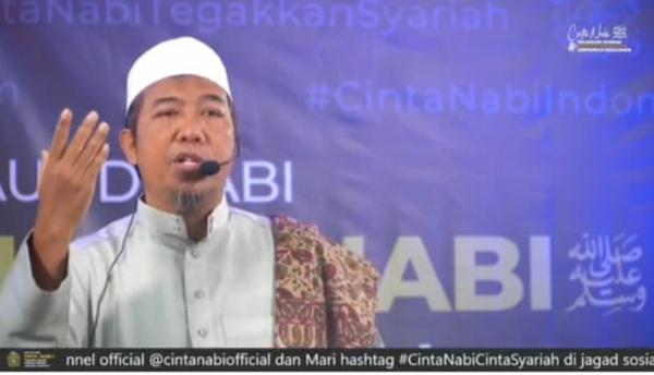 Ulama Sebut Dusta! Jika Mengaku Cinta Nabi Tapi Tak Mau Ikuti Syariah