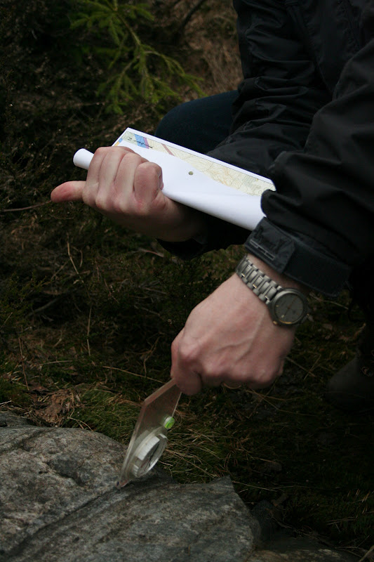 Kallioperägeologian kenttäkurssi, kevät 2012 - Kallioper%25C3%25A4kenttis%2B061.JPG