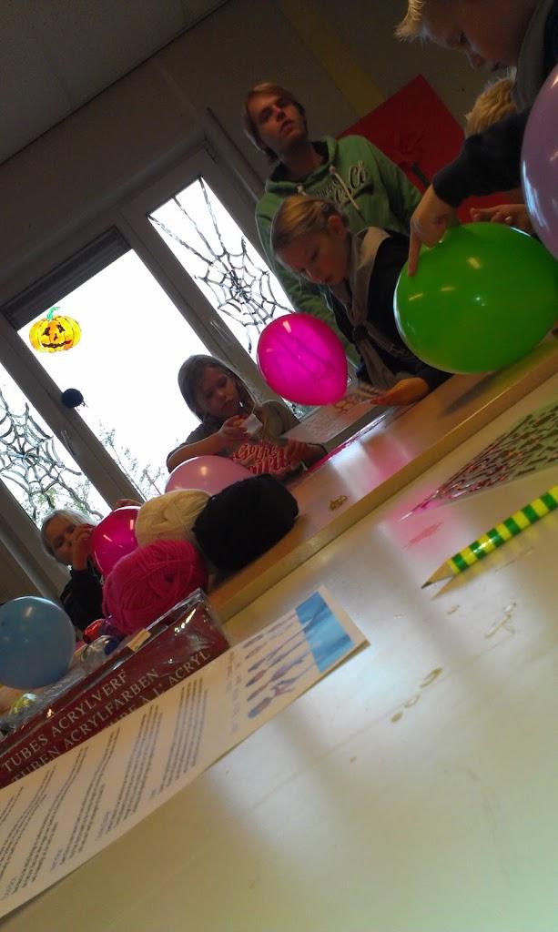 Bevers - Verjaardag Keet Kleur - IMAG0229.jpg