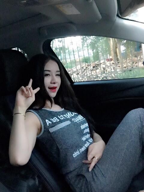 Hot girl Đỗ Lê Thùy Anh