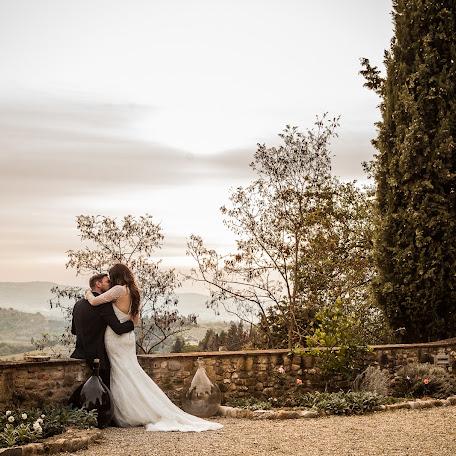 Wedding photographer Antonella Catì (AntonellaCati). Photo of 04.10.2017