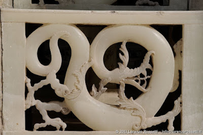 Trono di marmo (particolare), palazzo del Golestan