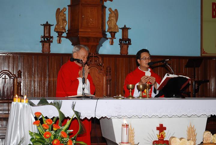 Giáo xứ Tân Hội mừng đại lễ kính hai thánh Tông Đồ Phêrô và Phaolô