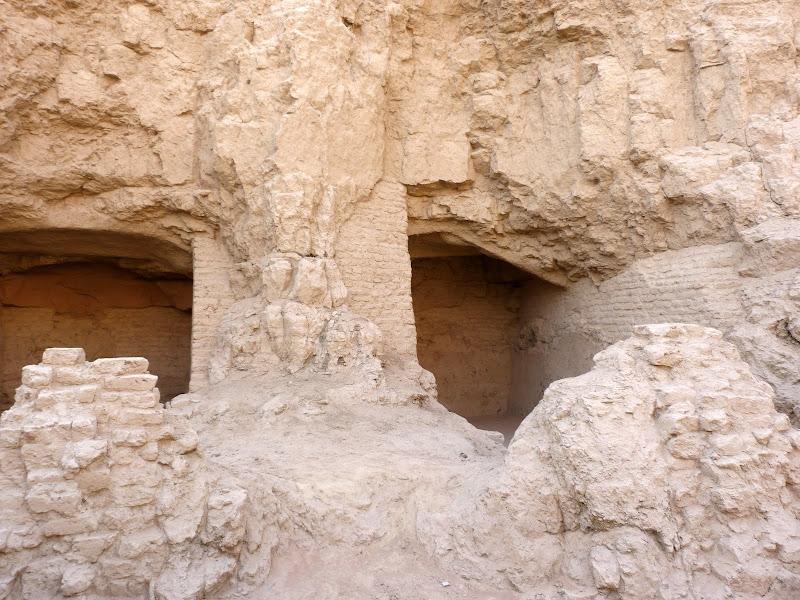 XINJIANG.  Turpan. Ancient city of Jiaohe, Flaming Mountains, Karez, Bezelik Thousand Budda caves - P1270990.JPG