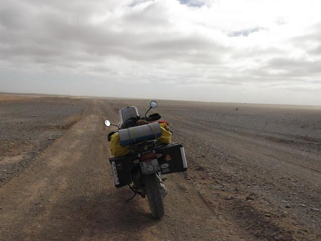Marrocos e Mauritãnia a Queimar Pneu e Gasolina - Página 9 DSCF1088