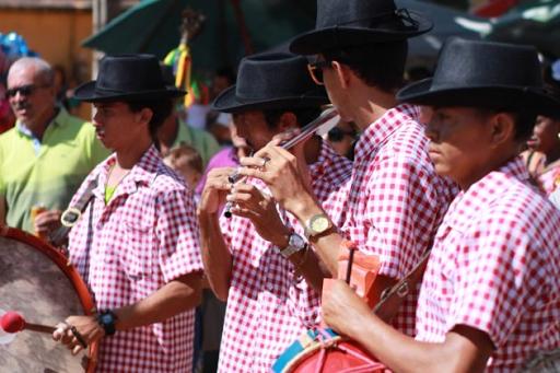 Barbalha abre edital para contratação de artistas para lives em Festival Cultural da Festa do Pau da Bandeira