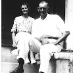 Tom Ben Gleaves and his wife Bettie A. Creech.   He was born 1885-died 1972, she was born 1885 and died 1936.