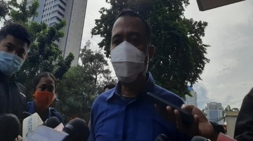 Perlakuan Beda di Kasus Raffi Ahmad, Pengacara HRS Sebut Ketidakadilan Dipertontonkan secara Vulgar.