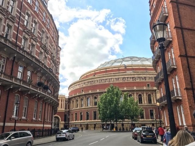 london-lifestyle-girls-day-out-london-brunch-all-bar-one-review-royal-albert-hall-royal-philharmonic-orchestra-film-gala