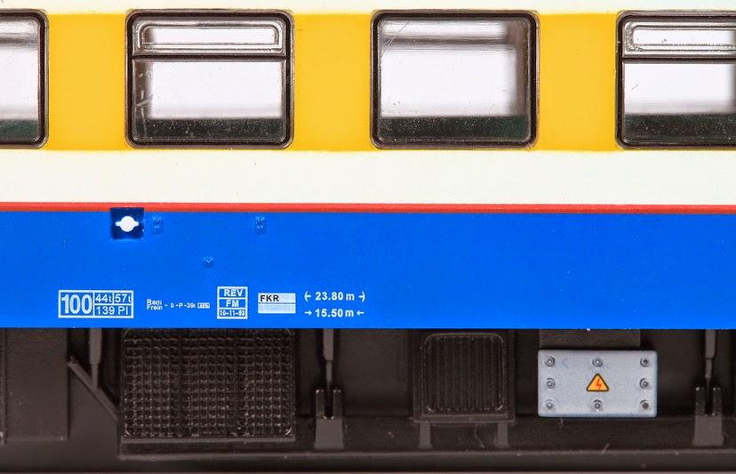 TO 4402 rood en blauw 15-12-2012 300,00 IMG_4074.JPG