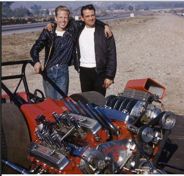 The GREAT ones, Ivo and the late Tony Nancy. Ivo put Tony's blown engine the twin for a test run.