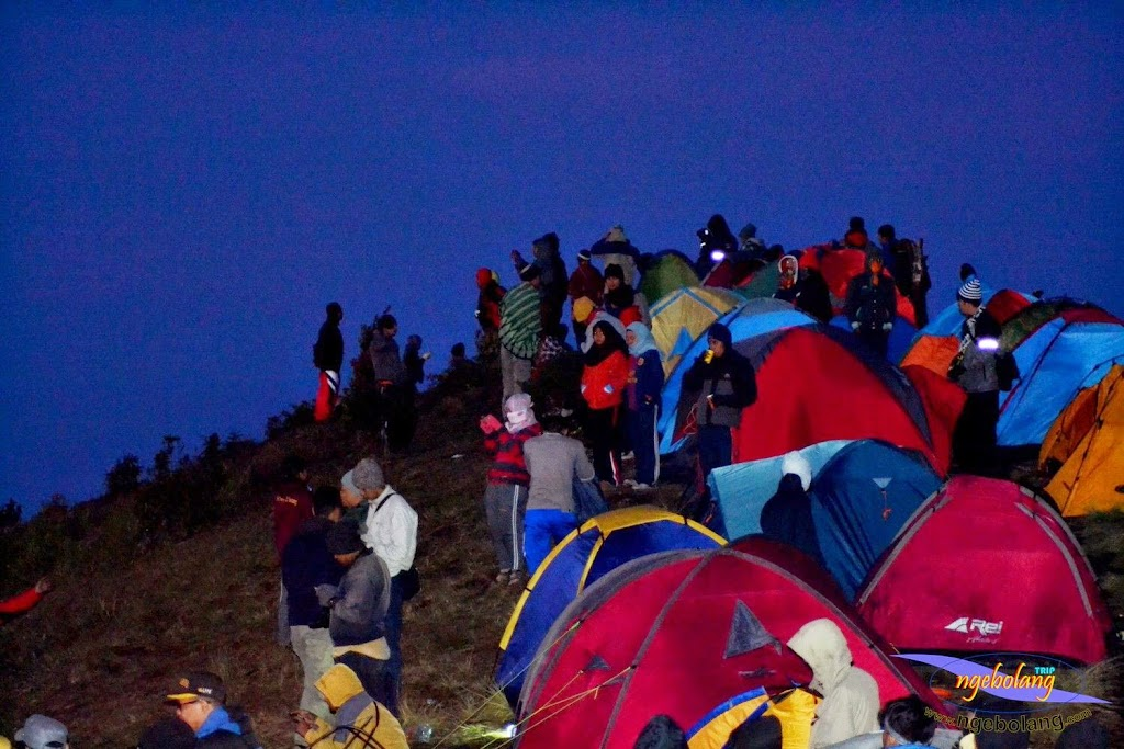 ngebolang gunung prau 13-15-juni-2014 nik 015