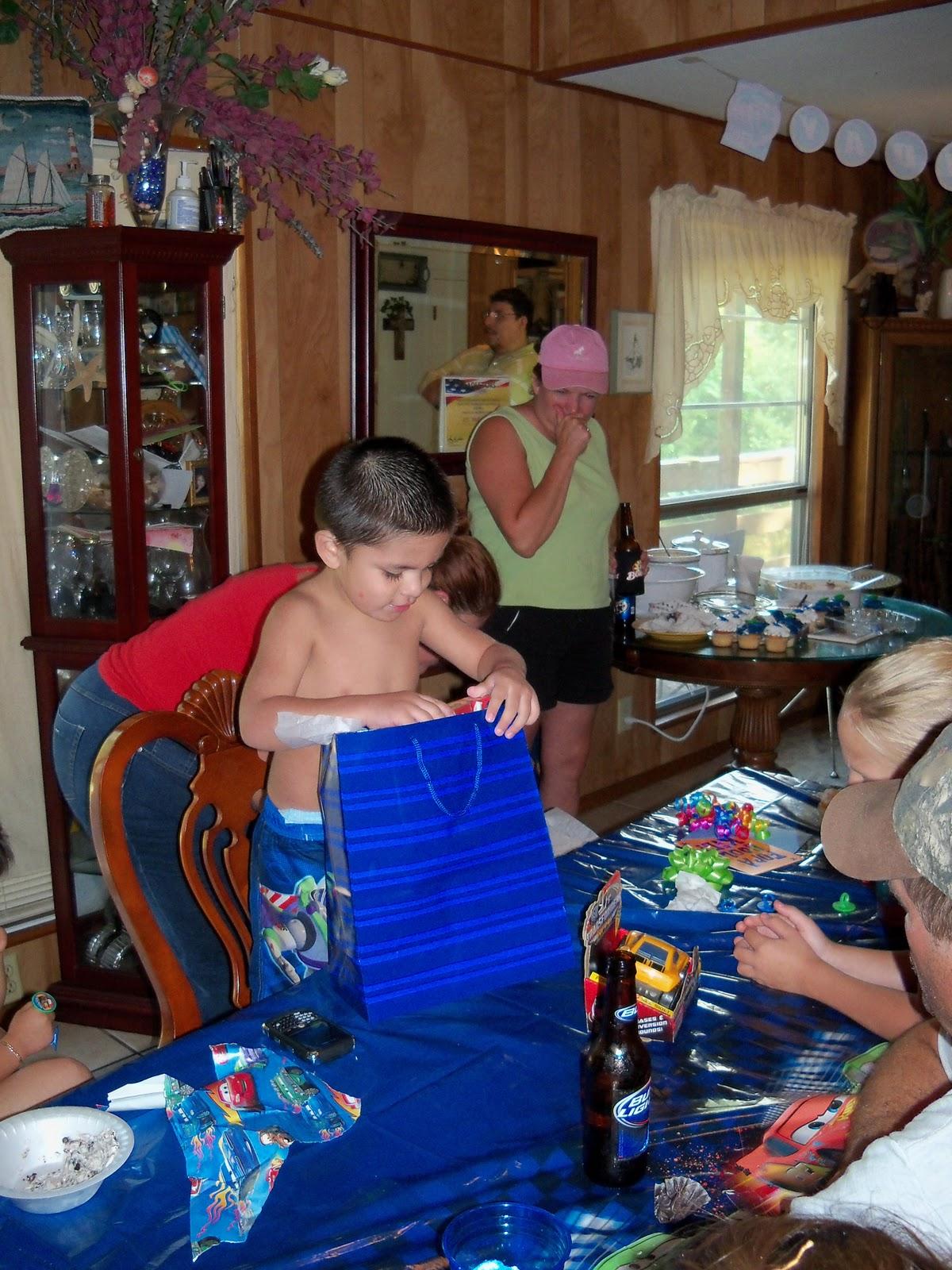 Jaidens Birthday 2010 - 101_5829.JPG