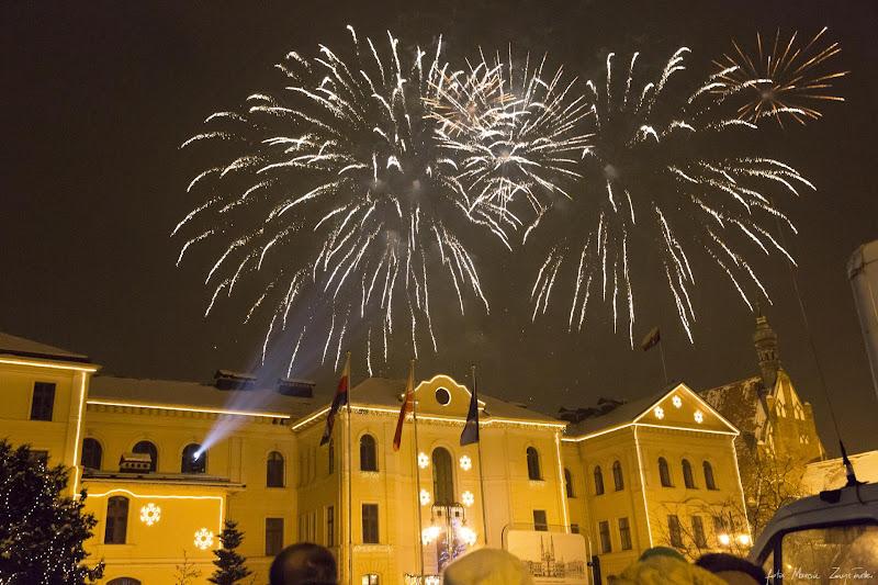 Foto galeria zdjęć koncerty śluby wesela Zmysłowski 2013-01-13 - 21 final WOSP - swiatelko do nieba