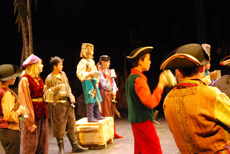 2012PiratesofPenzance - DSC_5717.JPG