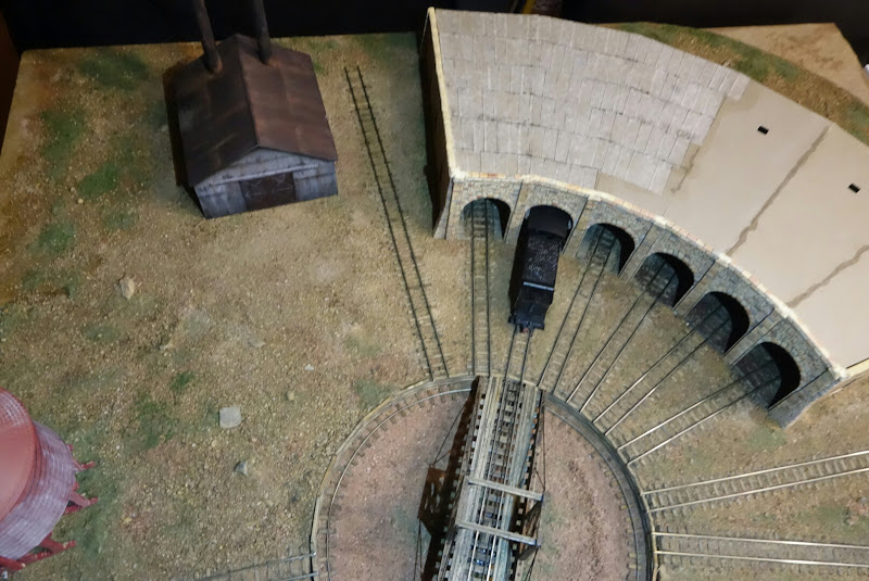 Roundhouse Area For My Layout Ho Amp Oo Scale Narrow